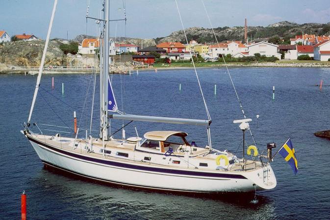 Hallberg Rassy 53